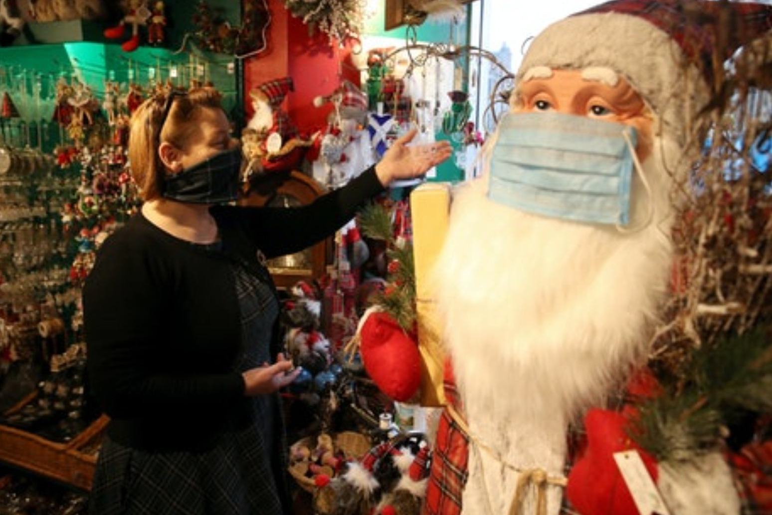 People should do their own Christmas risk assessment – expert